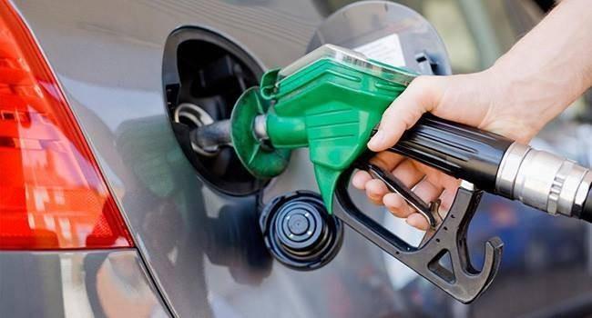 Bu Gece Yarısından İtibaren Benzin Fiyatları…